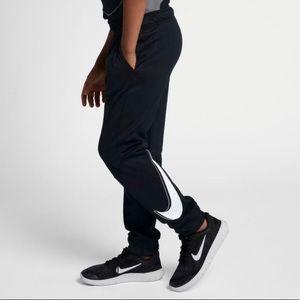 Nike Big Boy's Slim Fit Therma Joggers, Sz M NWT
